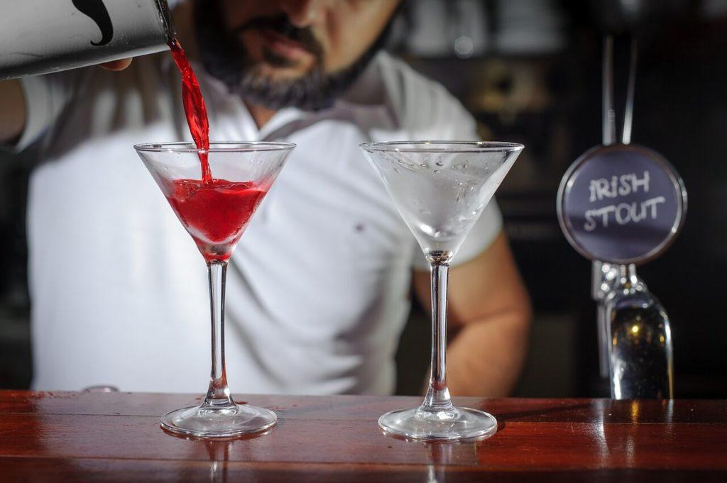 Marido alcoolizado agride mais a mulher